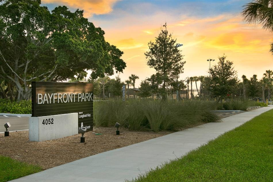 Bayfront Park entrance sign